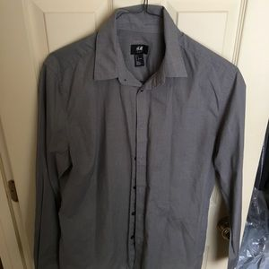 H&M Men's Button Down Shirt. Slim Fit. Size L
